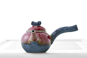 Round Teapot With Pink Crackle Glaze